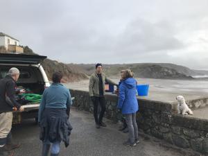 Beach Clean SAS | Kennack Sands | Lizzie Heather